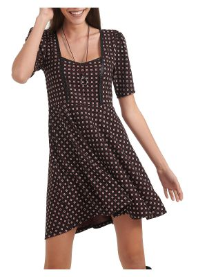 Attrattivo φόρεμα κοντομάνικο εμπριμέ 92109775